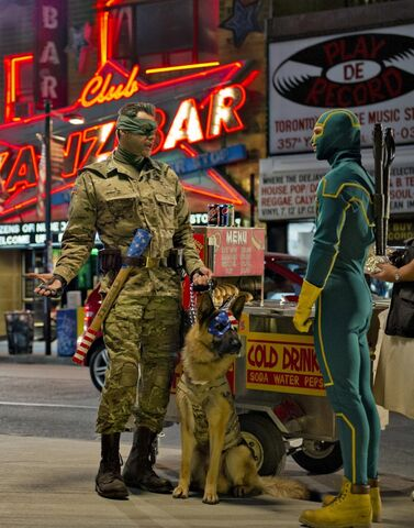 File:Kick-ass-2-jim-carrey-aaron-johnson1.jpg