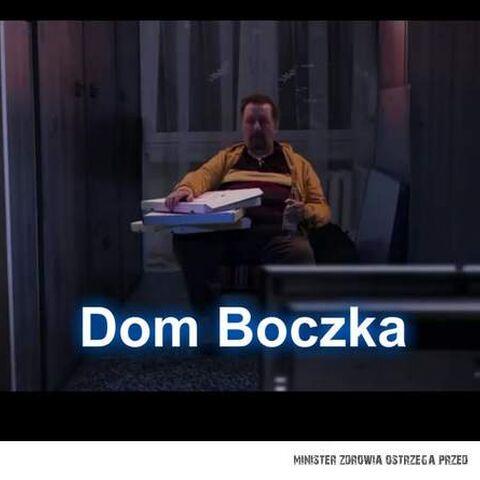 Jeden z pokoi Arnolda Boczka ukazany tylko w odcinku Sceny z życia małżeńskiego.
