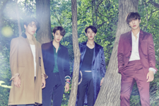 CNBLUE 2gether group photo