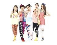 Crayon Pop debut group photo