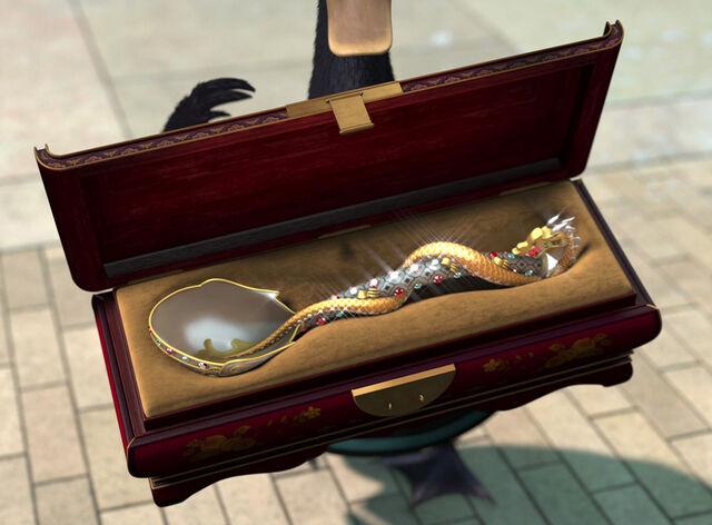 File:Golden-ladle.jpg