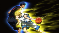 Kise pass through Aomine.png