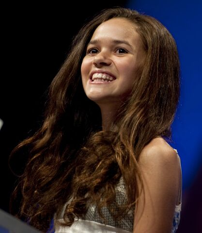 File:Madison Pettis 2010.jpg