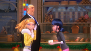 Ladybug Christmas Special (39)