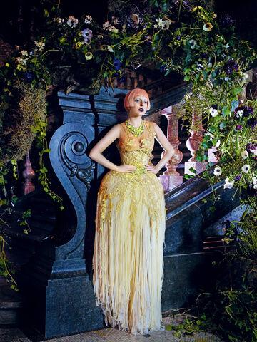 File:Vogue 2011 05.jpg