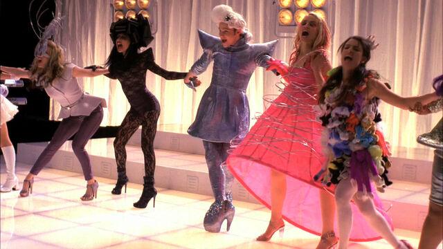 File:Glee120 0798.jpg