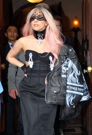 File:Gaga-1.jpg