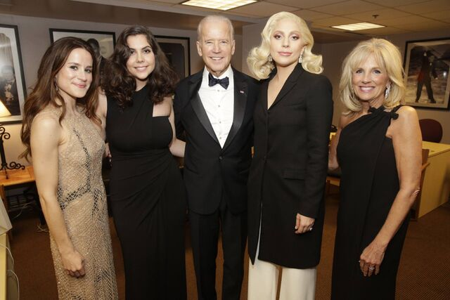 File:2-28-16 Backstage at The Dolby Theater in LA 001.jpg