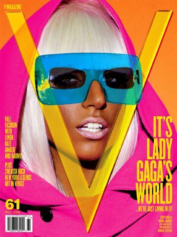 File:V magazine 61 Blue cover.jpg