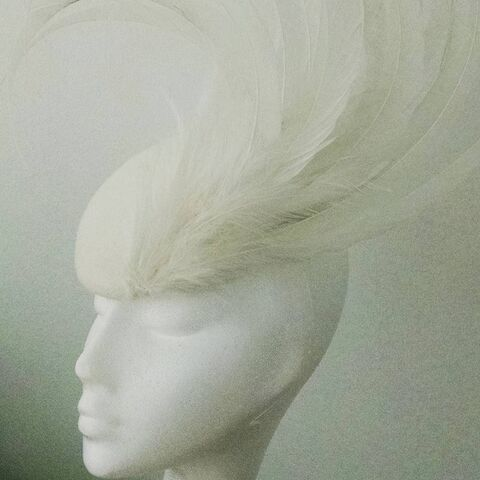 File:Arturo Rios - Custom headpiece.jpg