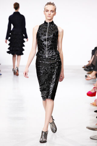 File:Azzedine Alaïa Fall 2011 Leather Ensemble.jpg