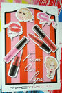 Vivaglam sticker
