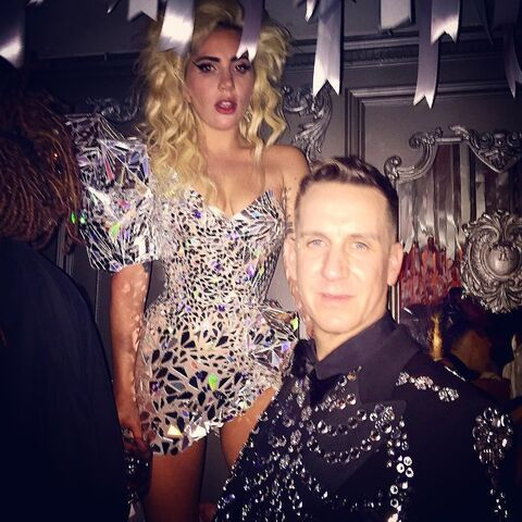 File:5-2-16 MET Gala Afterparty at Up & Down Club in NYC 002.jpg