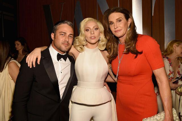 File:2-28-16 Vanity Fair Oscar Afterparty in LA 005.jpg