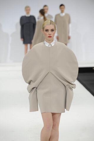File:Becky Short Dress.jpg