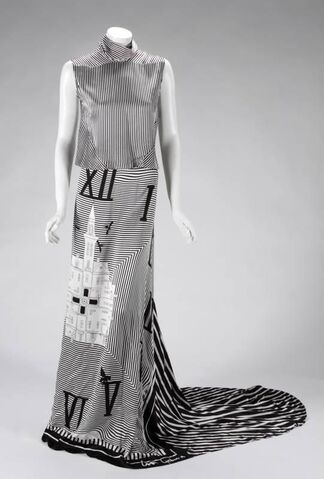 File:Toon Geboers - Fall 2010 Collection - Silk Dress.jpg