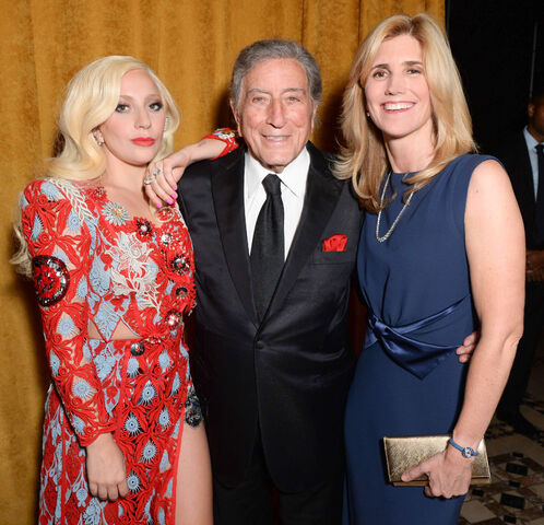 File:10-19-15 At National Arts Awards in NYC -Inside- 006.jpg