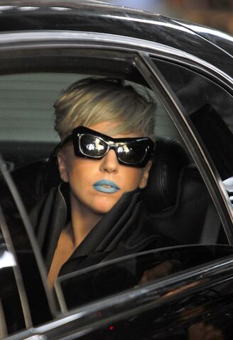 File:10-13-11 Marry the Night - Music Video 005.jpg
