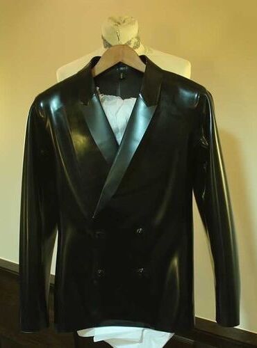 File:Void of Course Fall Winter 2011 Tuxedo jacket.jpg
