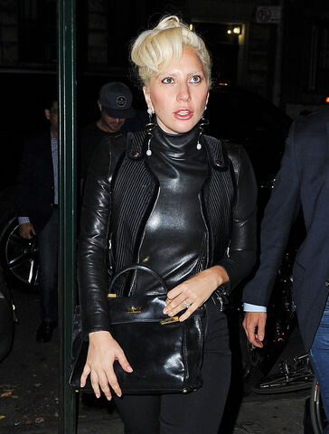 File:10-11-15 Arriving at Joanne Trattoria Restaurant in NYC 002.jpg