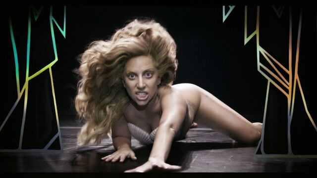 File:Applause Music Video 064.jpg