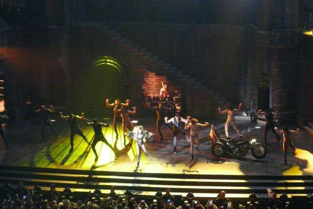 File:The Born This Way Ball Tour Bad Kids 005.jpg