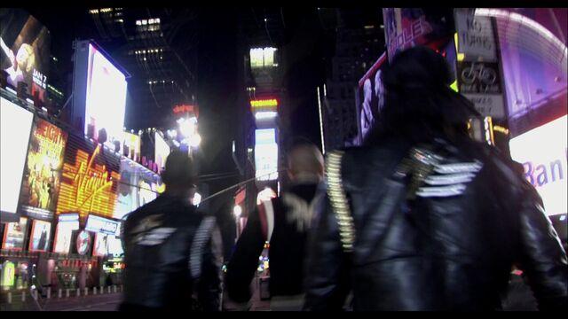 File:LoveGame music video scene 01 004.jpg
