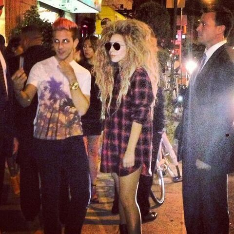 File:9-7-13 Leaving V Magazine Private Party 001.jpg