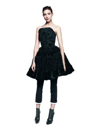 File:Alexander McQueen 2012 Pre Fall Embossed Velvet Bustier Dress.jpg