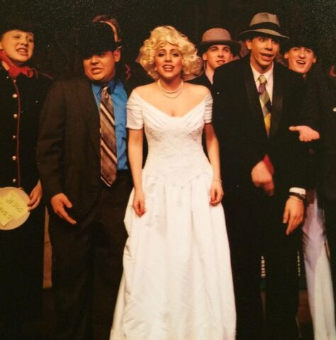 File:Guys and Dolls 005.jpeg