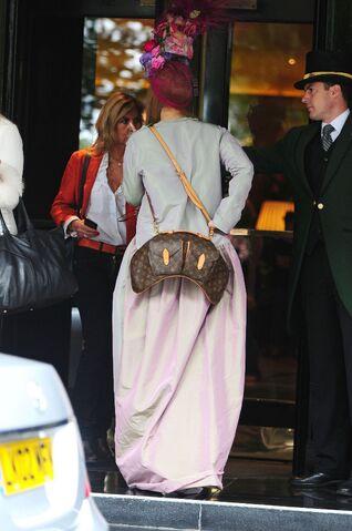 File:9-10-12 Leaving Dorchester Hotel 005.JPG