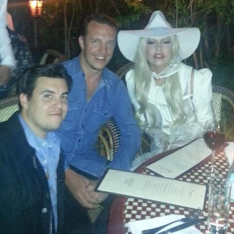 File:4-19-13 Dinner at Chateau Marmont Hotel in LA 001.jpg