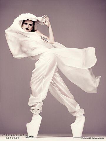 File:Born This Way USB - Mariano Vivanco 018.jpg