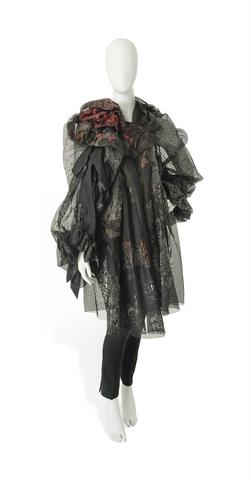 File:Christian Lacroix Fall Winter 2005 Haute Couture Sortie de Bal Opera coat.png