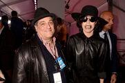 11-3-13 At YouTube Music Awards - Red carpet 006