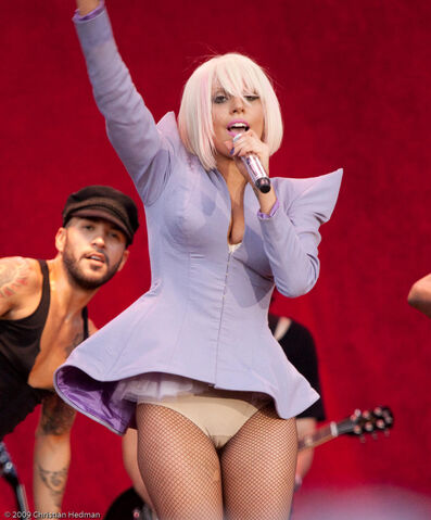 File:The Fame Ball Just Dance 003.jpg