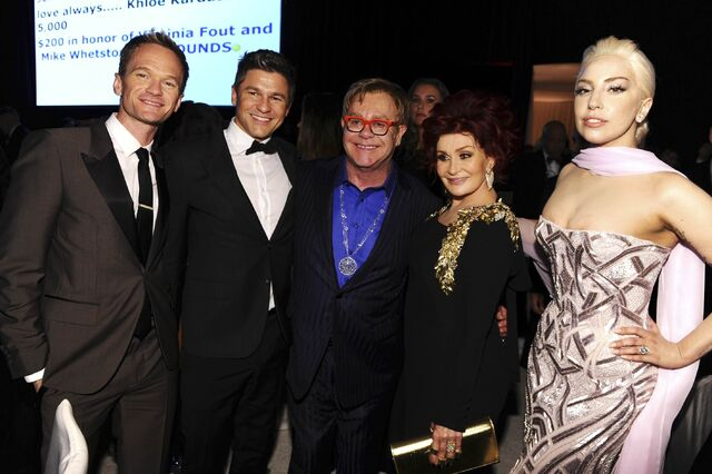 File:3-2-14 At The Oscars Elton John's Afterparty 003.jpg