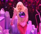 5-4-14 Fashion - artRAVE The ARTPOP Ball Tour 001