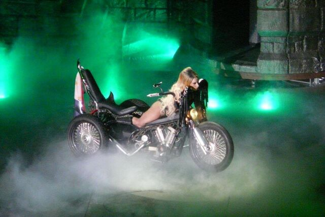 File:The Born This Way Ball Tour Heavy Metal Lover 004.jpg