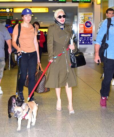 File:10-10-15 Leaving LaGuardia Airport in NYC 001.jpg