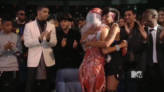 File:MTV VMAS 2010 SCREENSHOT 18.jpg