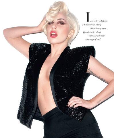 File:Harper's Bazaar March 2014 012.jpg