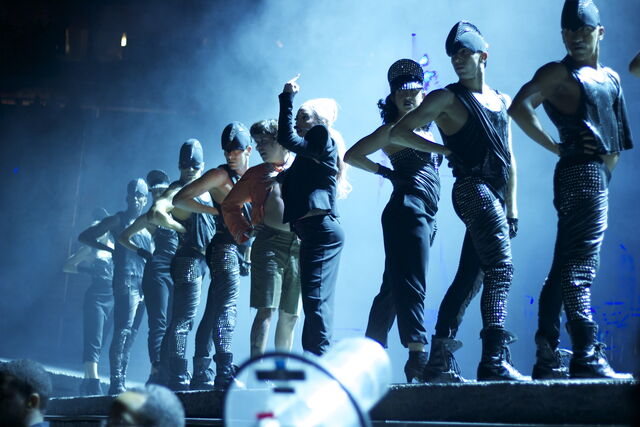 File:The Born This Way Ball Tour Scheiße 014.jpg