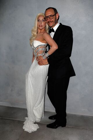 File:3-2-14 Vanity Fair Oscars After Party Portrait 004.jpg