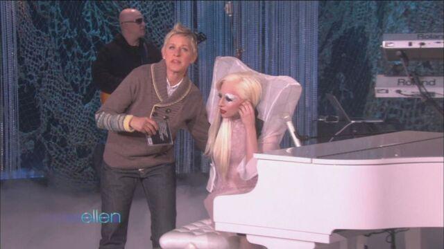 File:11-24-09 The Ellen Degeneres Show 4.jpg
