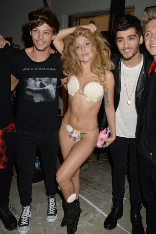 File:8-25-13 MTV VMA's Backstage 006.jpg