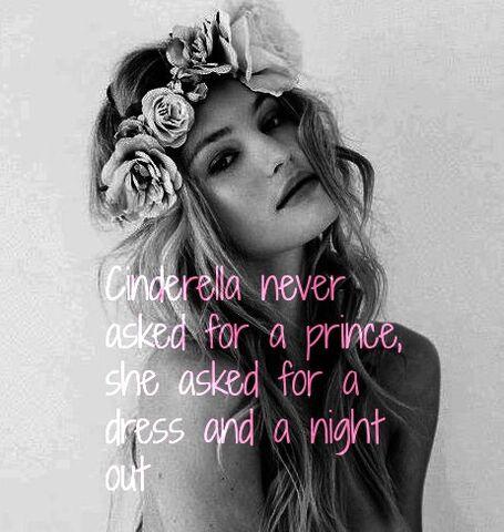 File:Blonde-boho-flower-crown-girl-Favim.jpg