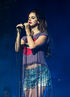 Lana-del-rey-isle-of-wight-festival-3