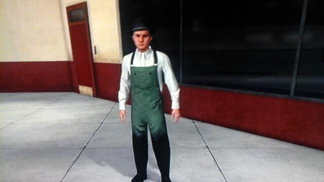 File:Tar uniform.jpg