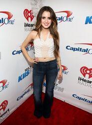 Laura at Jingle Ball (48)